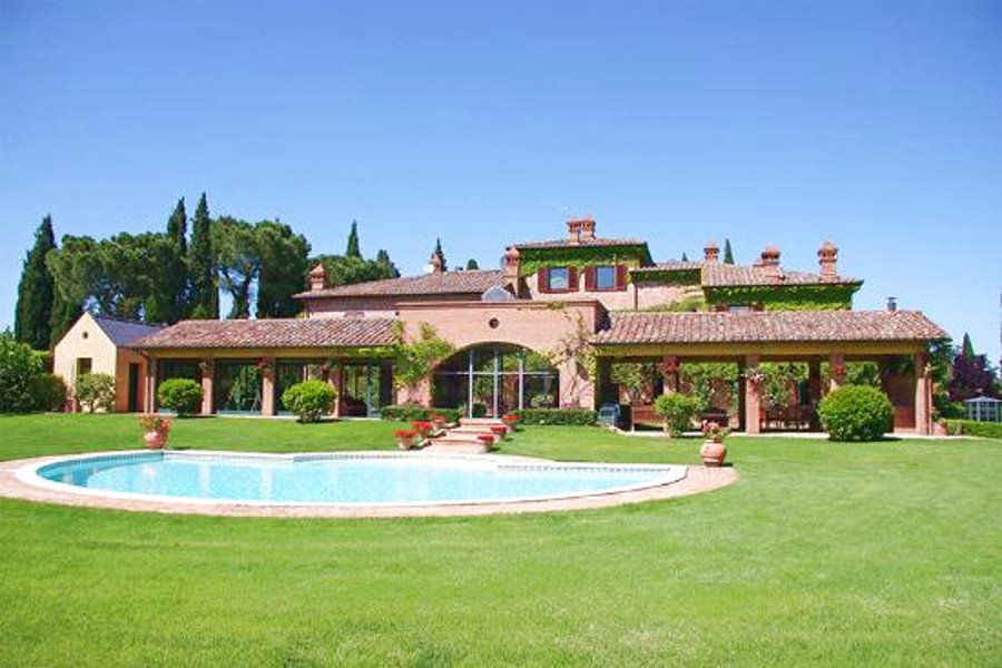 Immobili di lusso in italia chi sono e cosa cercano gli for Le piu belle case moderne